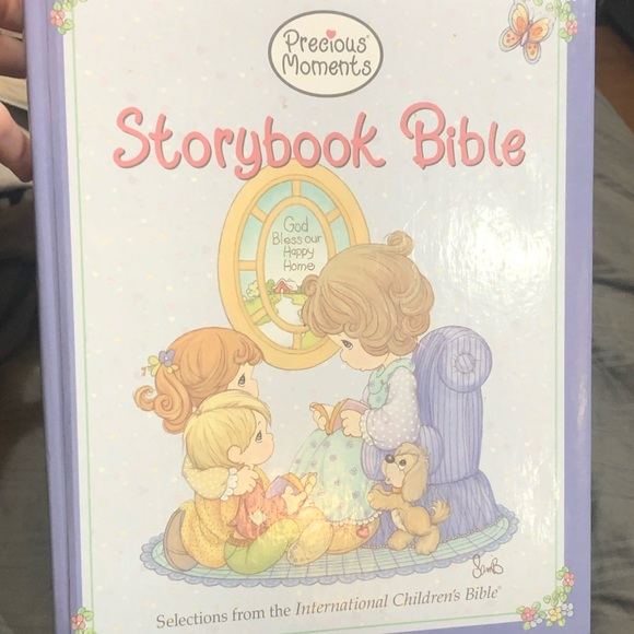Precious Moments Bible NEW copyright 2003 collect
